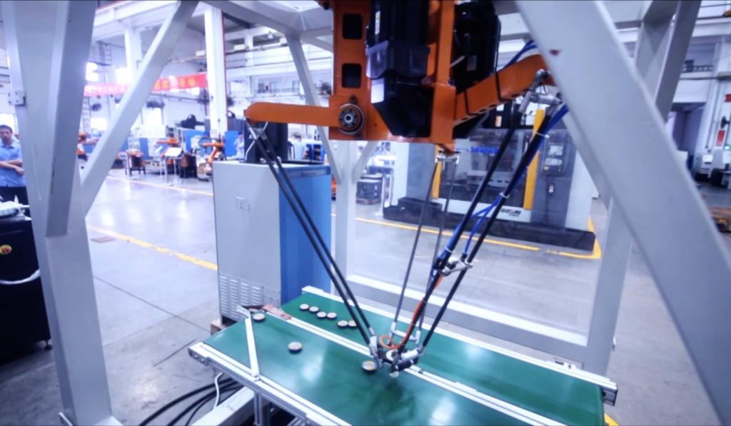 С-робот.pngПромышленные дельта-роботы серии C, GSK (PRC)